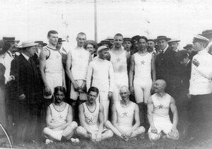 Группа членов кружка - победителей соревнования