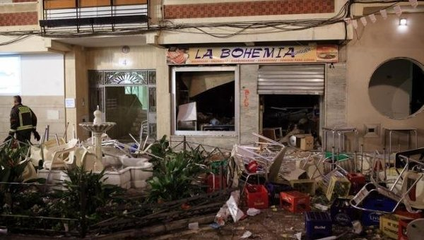 Винтернете появилось видео после взрыва виспанском кафе