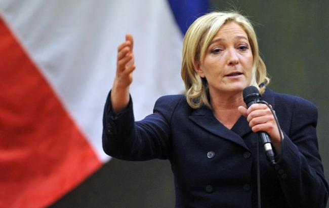 Впервом туре президентских выборов воФранции победит ЛеПен