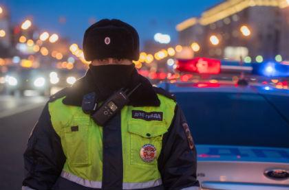 В российской столице Порше убил пешехода ипомял припаркованные машины