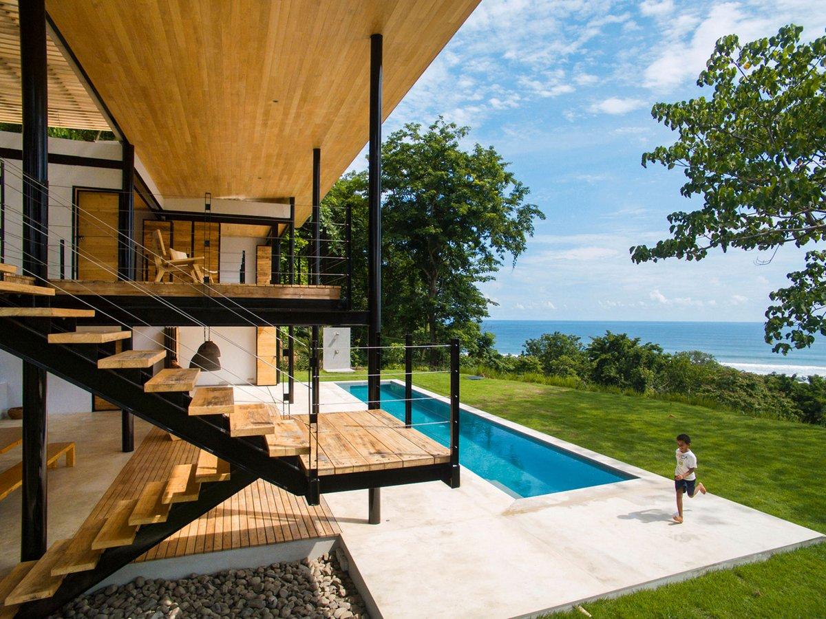частный дом с видом на океан