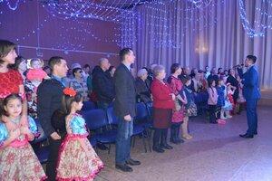 «На страже России»! Под таким названием 23 февраля в уютном  зале социально – культурного центра состоялся традиционный  праздничный концерт,  посвященный Дню Защитника Отечества