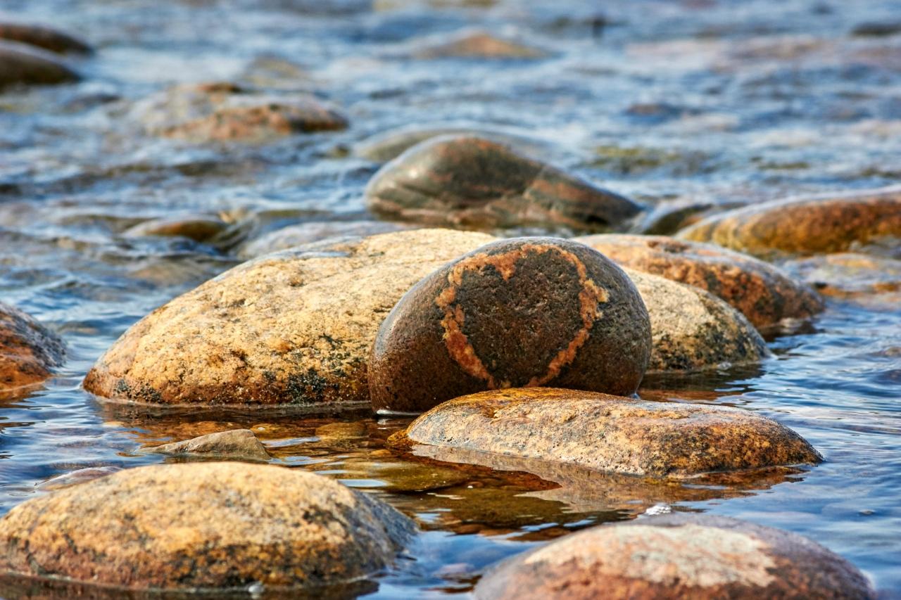 """""""Сердце Байкала"""" - так мы назвали камень с рисунком, напоминающим сердце."""