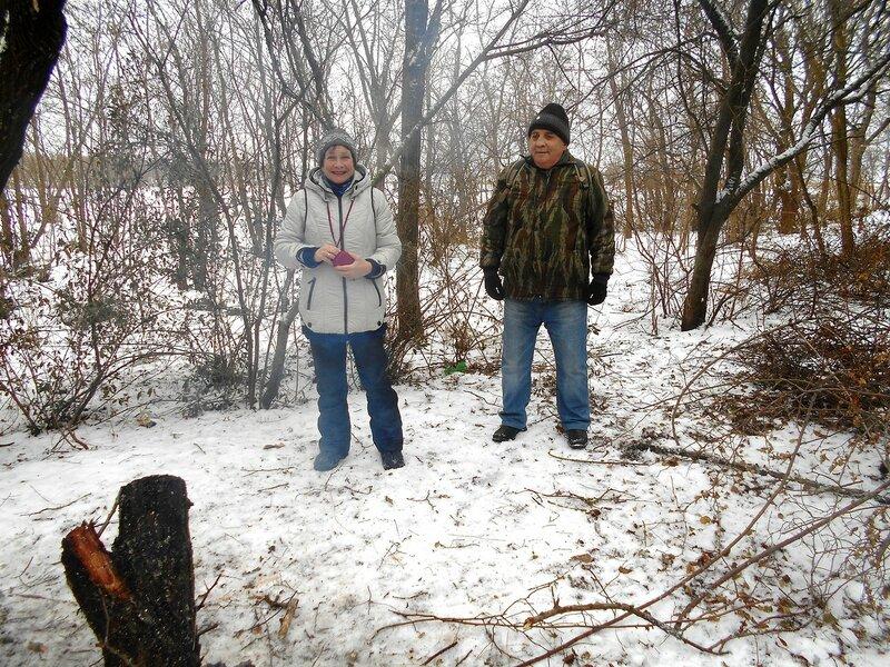 Есть Снегурочка и Дедушка! ... DSCN0843.JPG