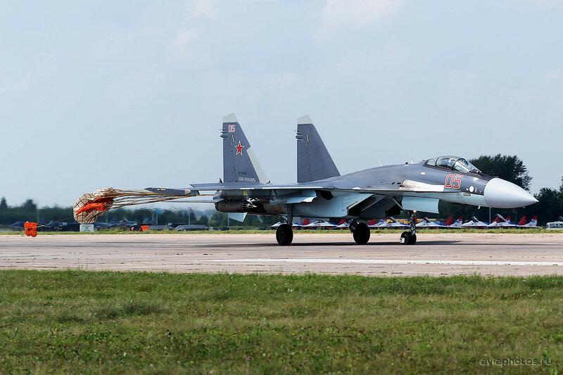 Сухой Су-35С (RF-95245 / 05 крансый) ВКС России 0280_D805622a