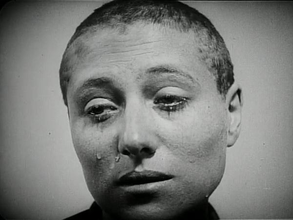 Strasti.Zhanny.DArk.1928.x264.DVDRip.mkv - 00001.jpg