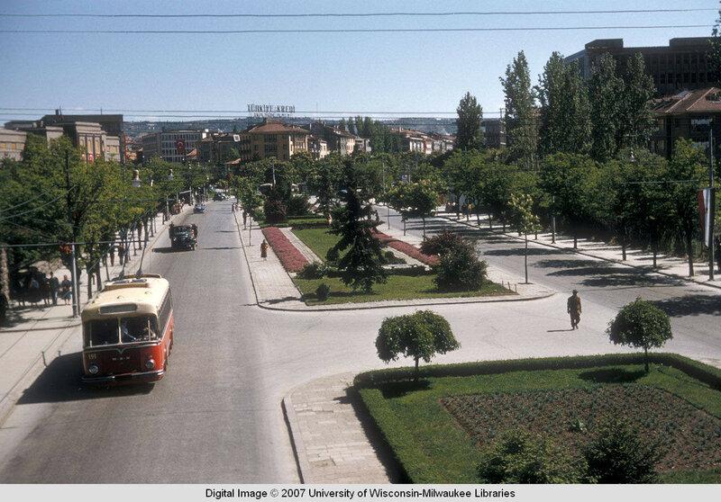 1956 Ankara Ataturk boulevard3.jpg