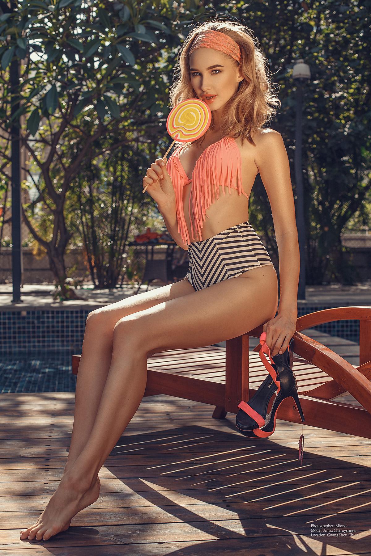Анна Чернышева в бассейне / фото Miano