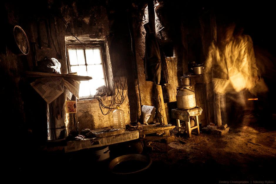29. Также смотрите « Восхождение на Эльбрус » и « Чечня: сцены из жизни ».