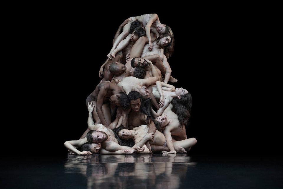 Спящий режим: что происходит с телами танцоров после последнего музыкального аккорда