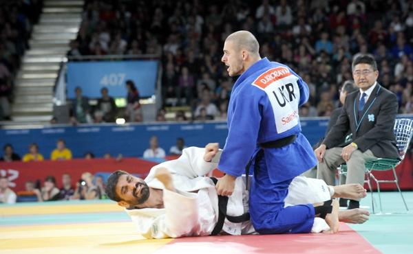 Лёгкоатлет Цветов ипловец Бойко завоевали золото Паралимпиады