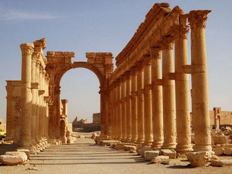 Археологи могут восстановить Триумфальную арку Пальмиры