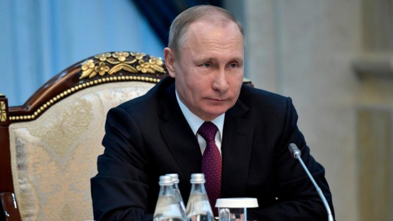 ПрезидентРФ сократил десять генералов изсиловых ведомств и 2-х региональных прокуроров