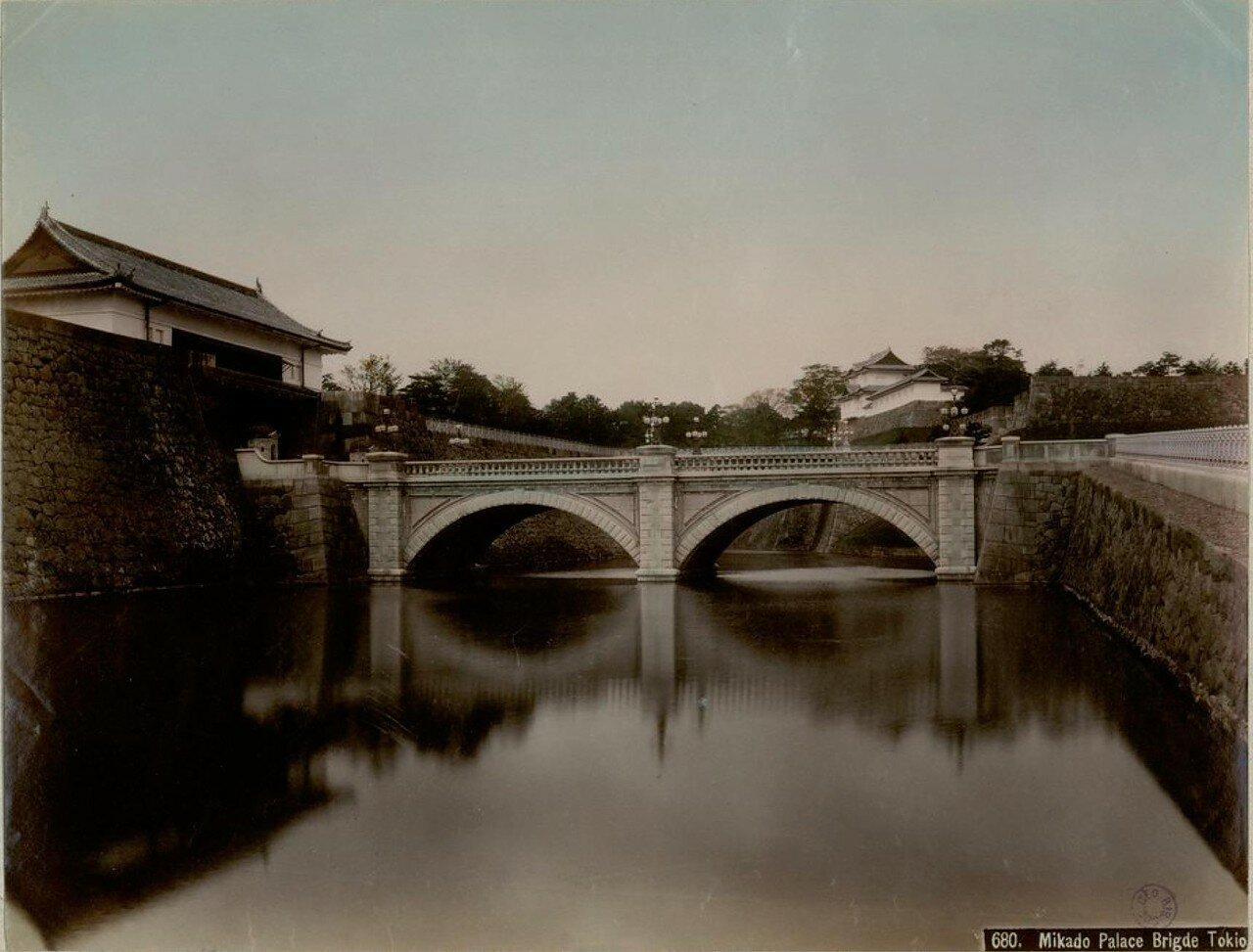 Токио. Мост у дворца Микадо