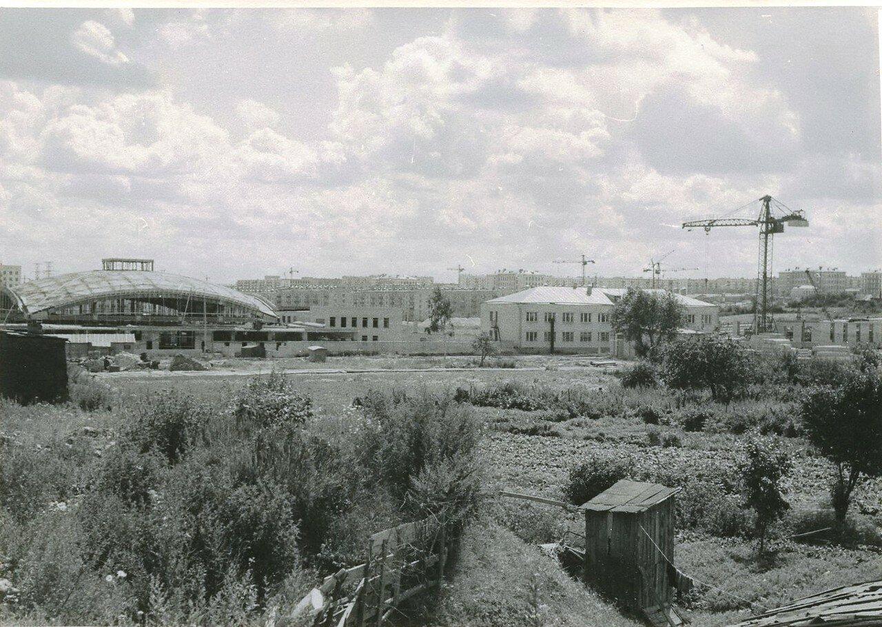 1960-е. Строится Черемушкинский рынок