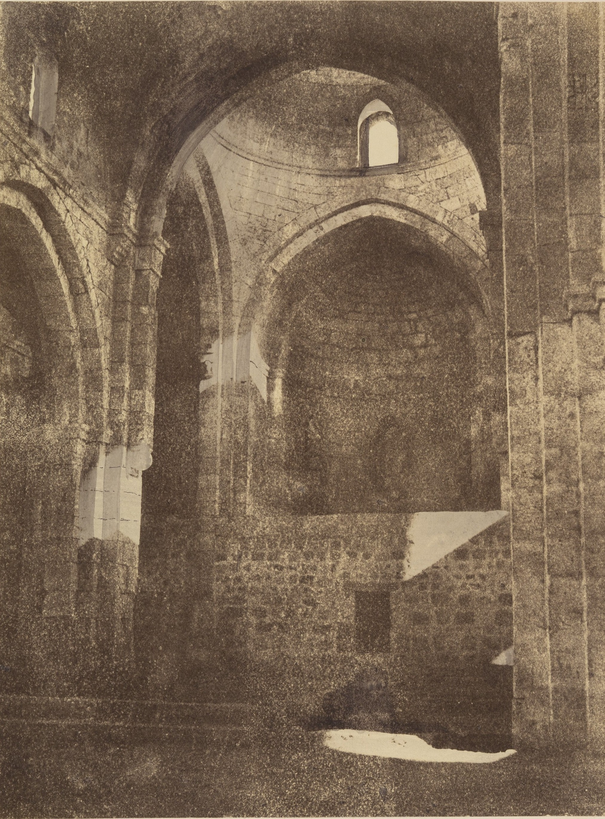 Внутри церкви Святой Анны