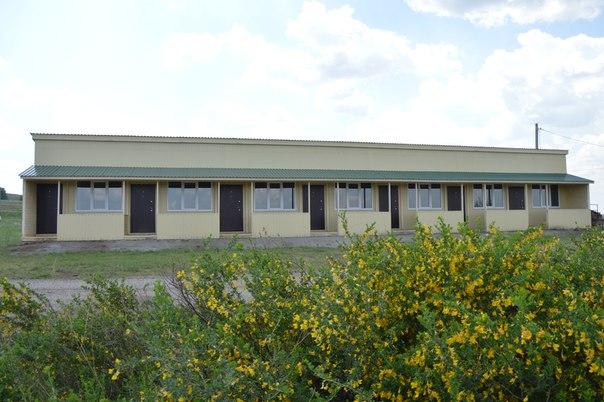 Весна 2016года. Гостиница «Музейная» посреди цветущей степи (25.05.2016)