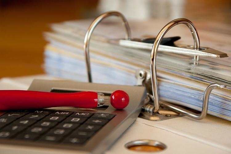 Компании стали вдва раза чаще проверять кредитные истории сотрудников