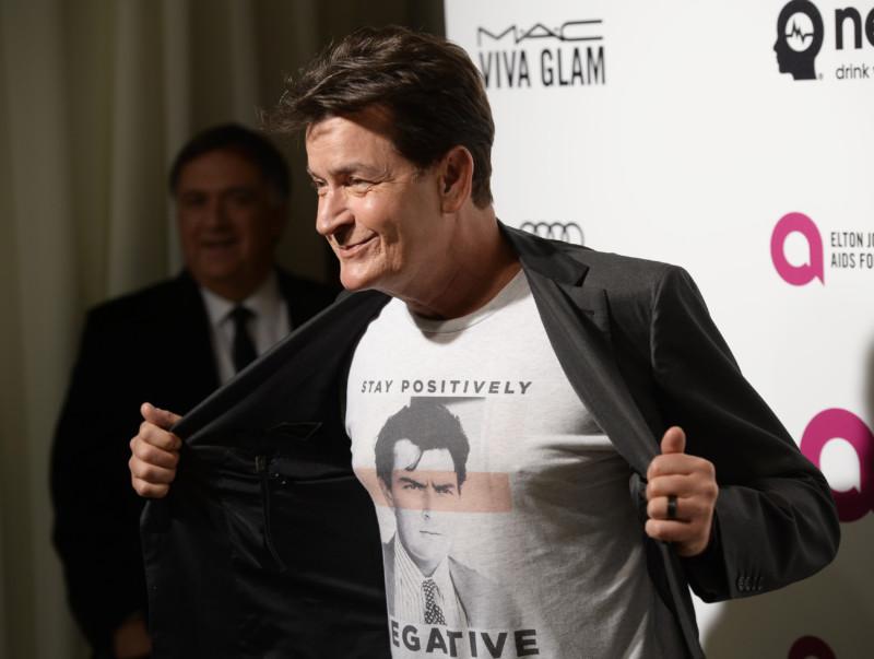 Актер Чарли Шин рассказал, как заразился ВИЧ