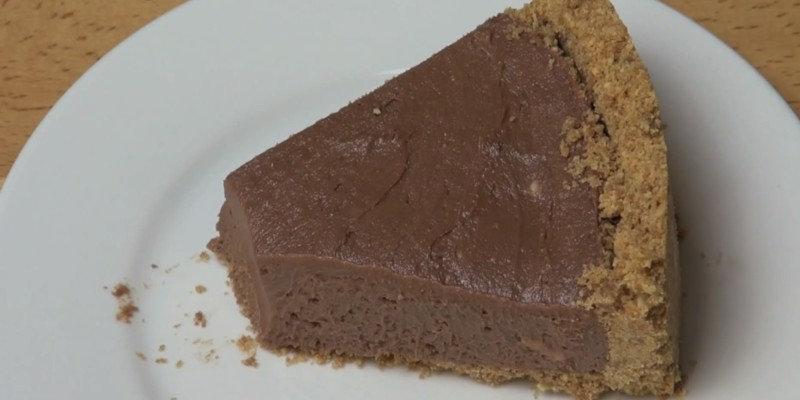 Этот рецепт подойдет всем сладкоежкам, которые любят полезные сладости и ценят свое время. Всего за