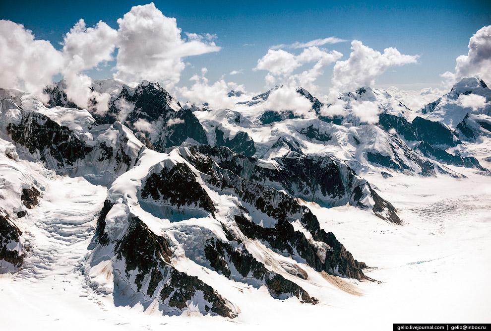 30. В 100 км от Анкориджа располагается национальный парк Кенай-Фьордс (Kenai Fjords National Park).