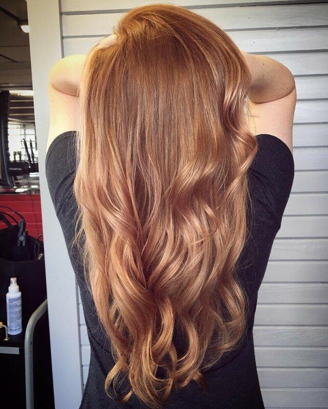 розовое-золото-волосы-окрашивание-фото12.png