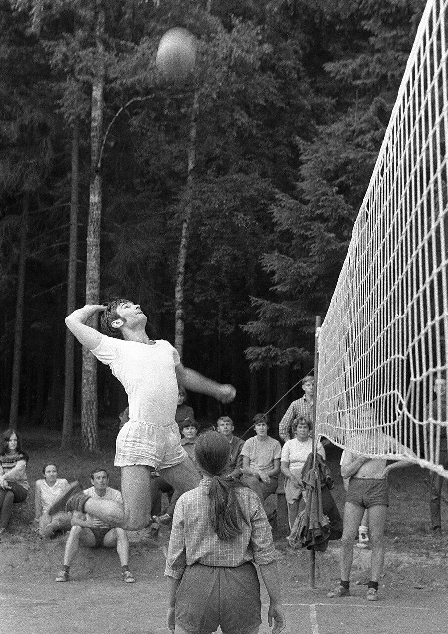 97. Волейбол