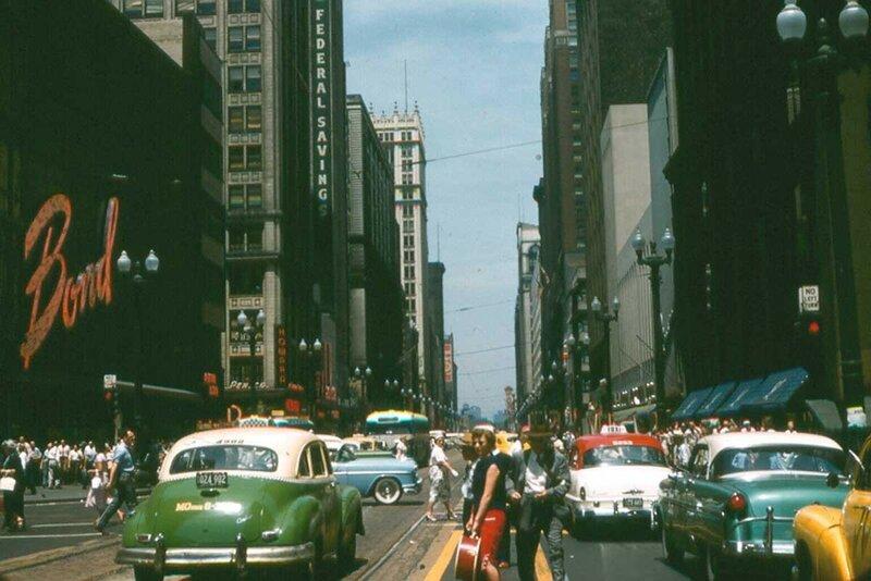 1956 Chikago State Street.jpg