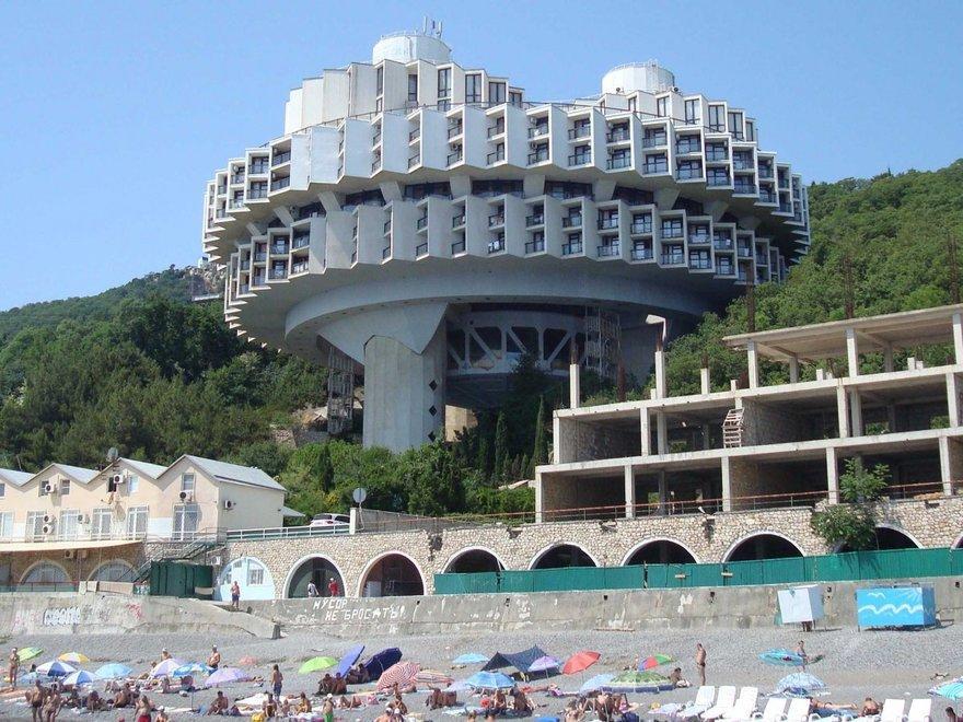 Самые странные здания эпохи СССР