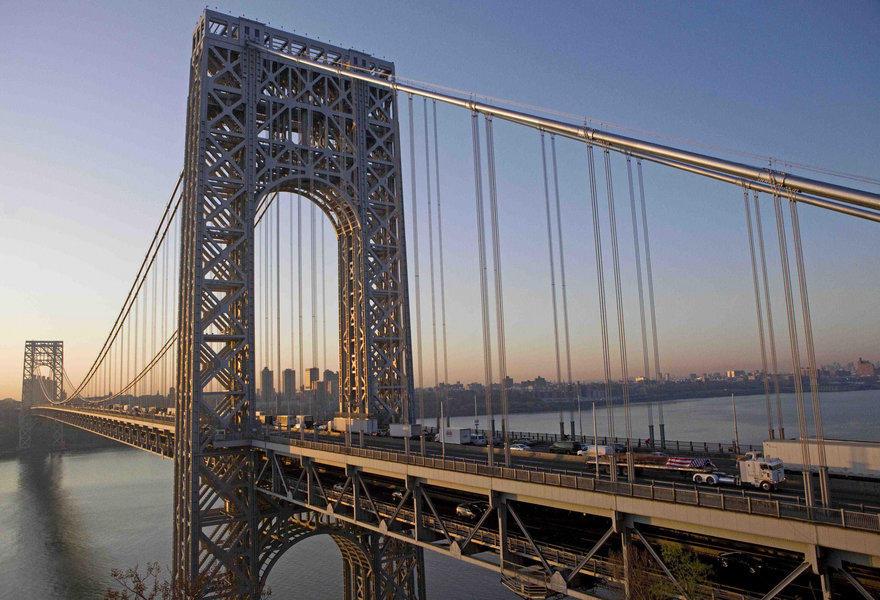 21. Самый многолюдный мост – мост Джорджа Вашингтона, Нью-Йорк Этот мост так переполнен, что оборудо
