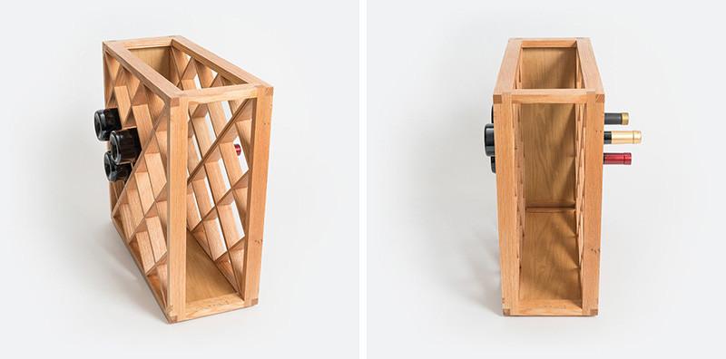 Одним из первых его произведений является Пинетти, деревянная винная стойка, в которой, похоже, исче