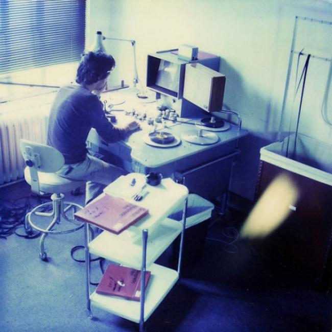 3апреля 1984г.: Кэтому времени уДжейми набралось больше 1500 фотографий