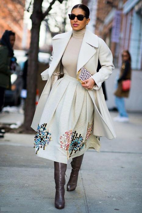 3. Например, платья дизайнера Diane Von Furstenberg были намеренно изменены, чтобы их можно было вкл