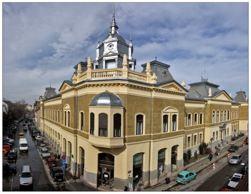 01 Zgrada Matice srpske, zaduzbina Marije Trandafil.jpg