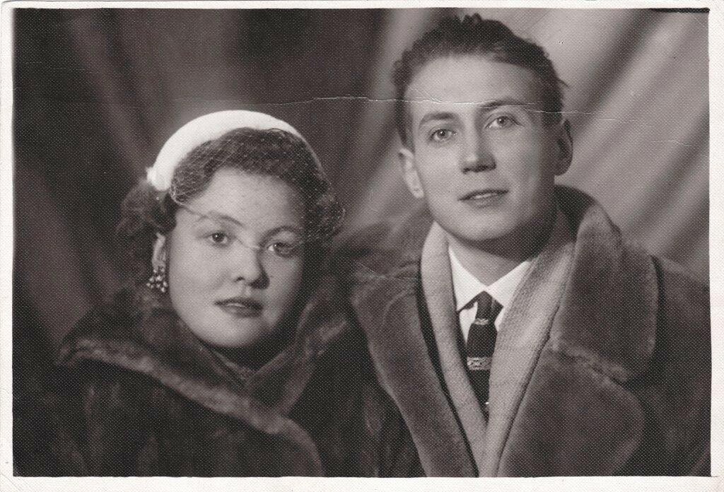 Евгений Евтушенко, Белла Ахмадулина, 1957 год