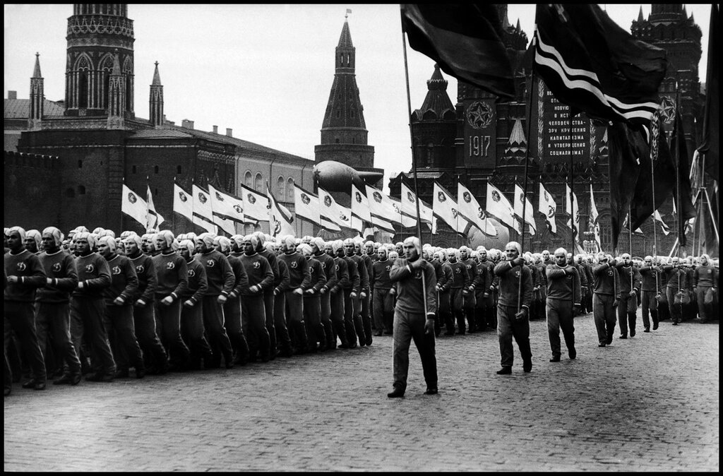 USSR. Moscow. 1957. Parade in Red Square for the 40th anniversary of the Bolshevik Revolution 2.jpg