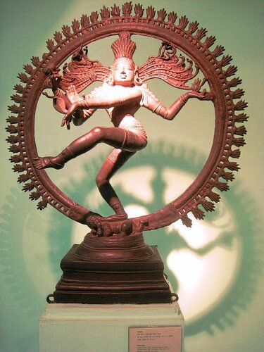 Nataraja, Late Chola, 12th century, South India. Bronze sculpture in National Museum, New Delhi, India..JPG