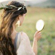 Примета разбить зеркало
