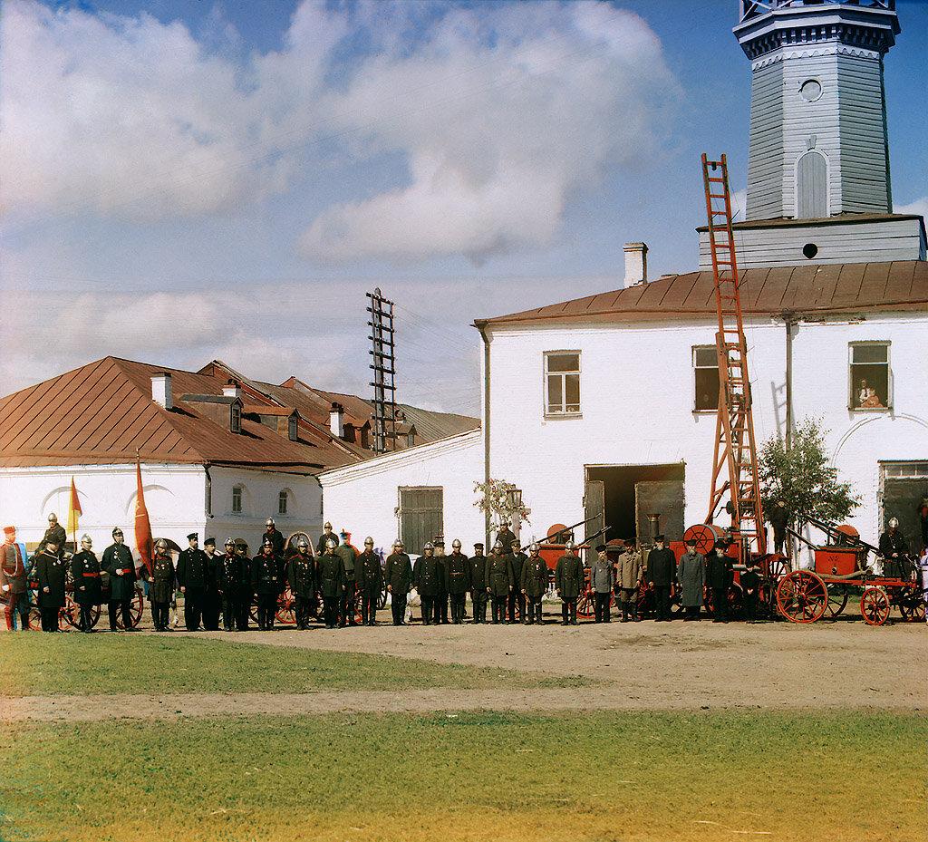 Пожарная команда в Вытегре.jpg