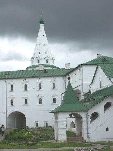 Архиерейские палаты и колокольня