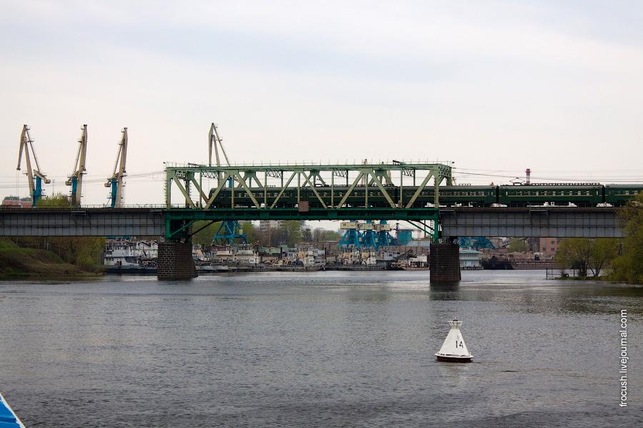 Белорусский (Филевский) железнодорожный мост