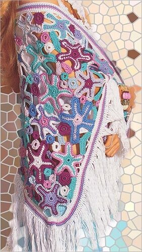 Платок с цветами крючком