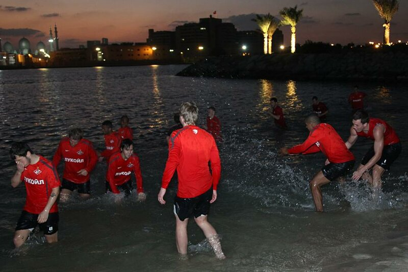 Тренировка «Спартака» на сборе в Абу-Даби (Фото)