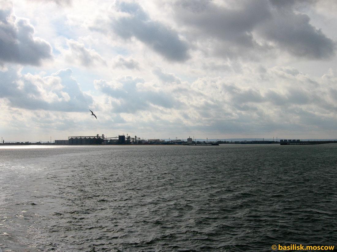 Порт-Кавказ. Паром. Порт-Крым. 2014.