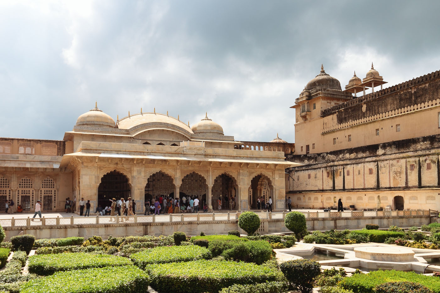 Фото 12. Экскурсия в Зеркальный дворец Шиш-Махал в Джайпуре