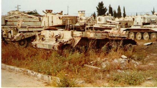 4e-cie-cimeti-re-de-chars-tyr-sud-liban-82.jpg