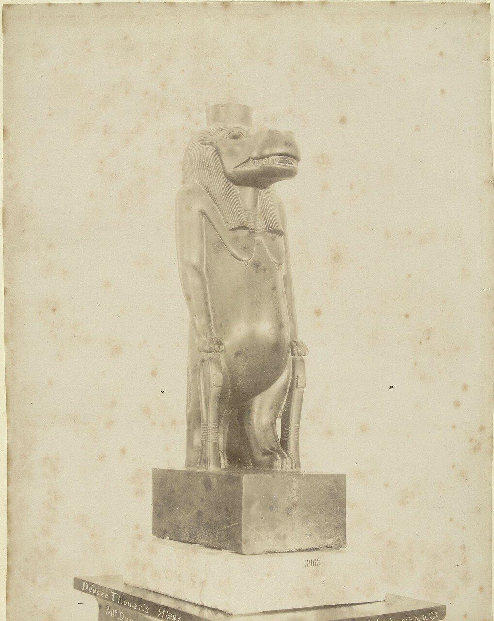 Изображение Туэриса в египетском музее, 1888