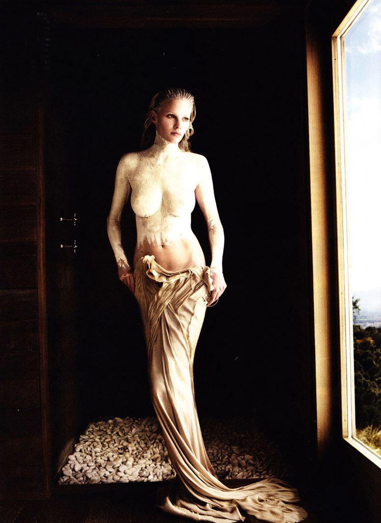 модель Лара Стоун / Lara Stone, фотограф Mario Testino