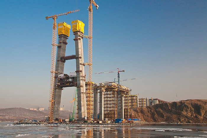 Владивосток - мост на остров Русский. Объект саммита АТЭС 2012