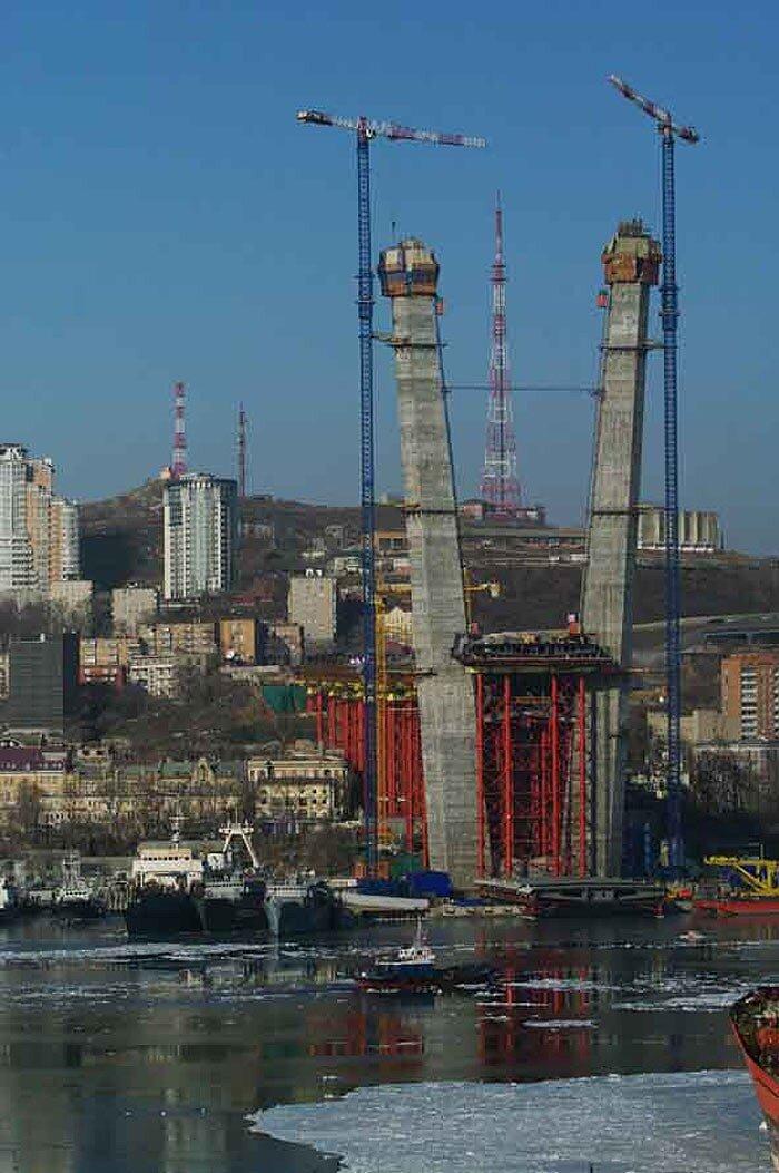 Владивосток - мосту быть!